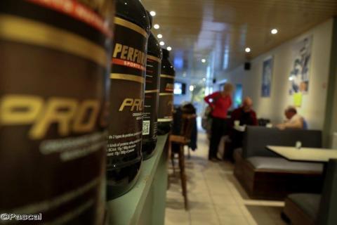 fitnessclub, fitnesscenter, cafetaria
